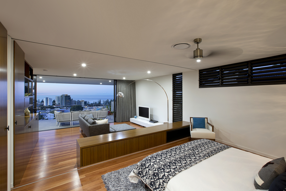 From 80s Dated to 60s Modern - Gold Coast Home Transformed