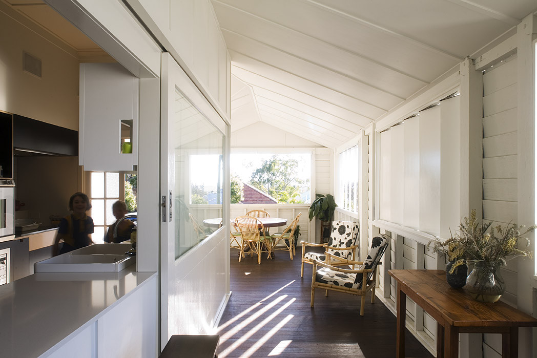Balmoral House by Owen and Vokes (via Lunchbox Architect)