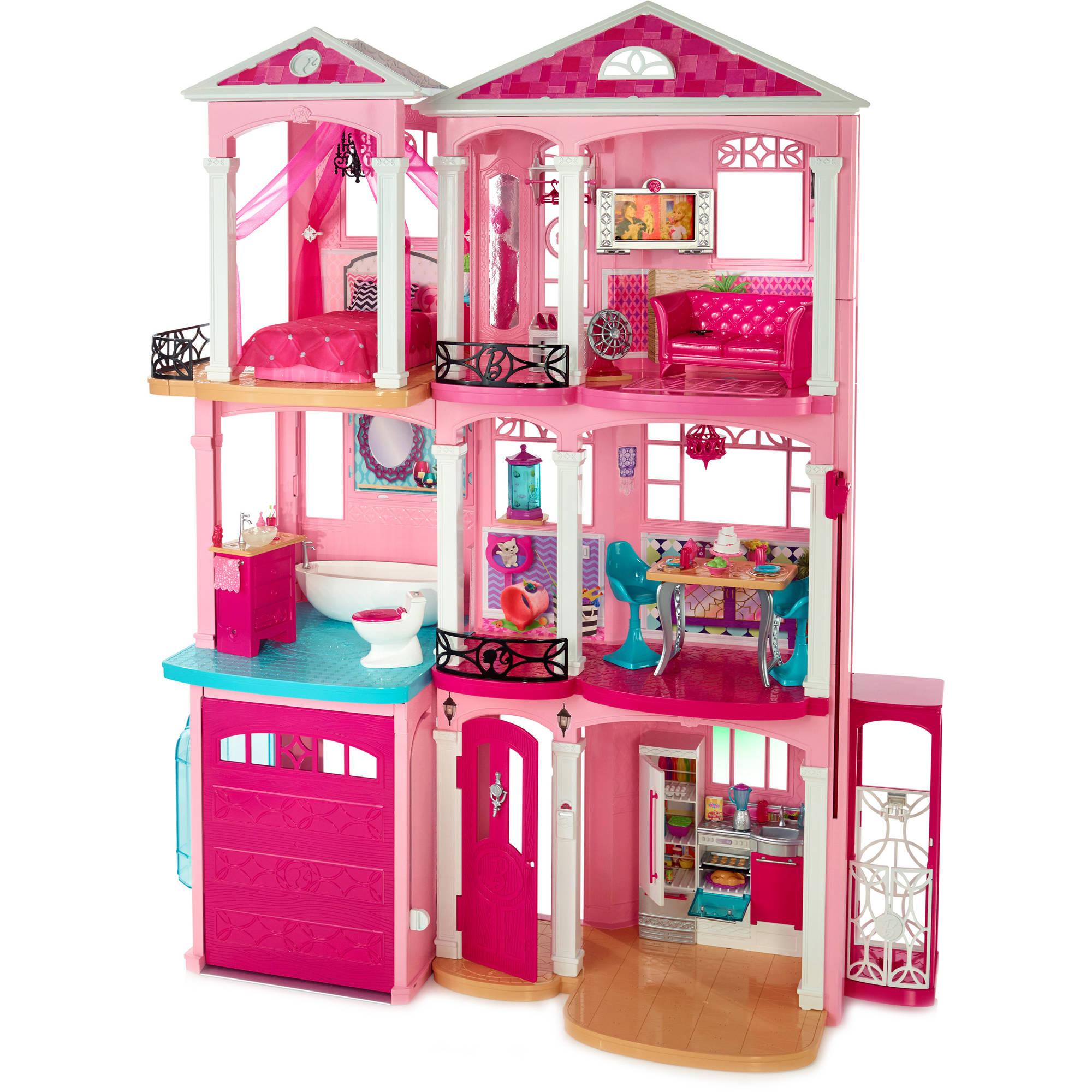 Compact Yet Luxurious Dream Home for a Pink-Loving Fashionista