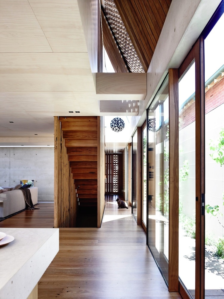 Beach Avenue House by Schulberg Denkiw Architects (via Lunchbox Architect)