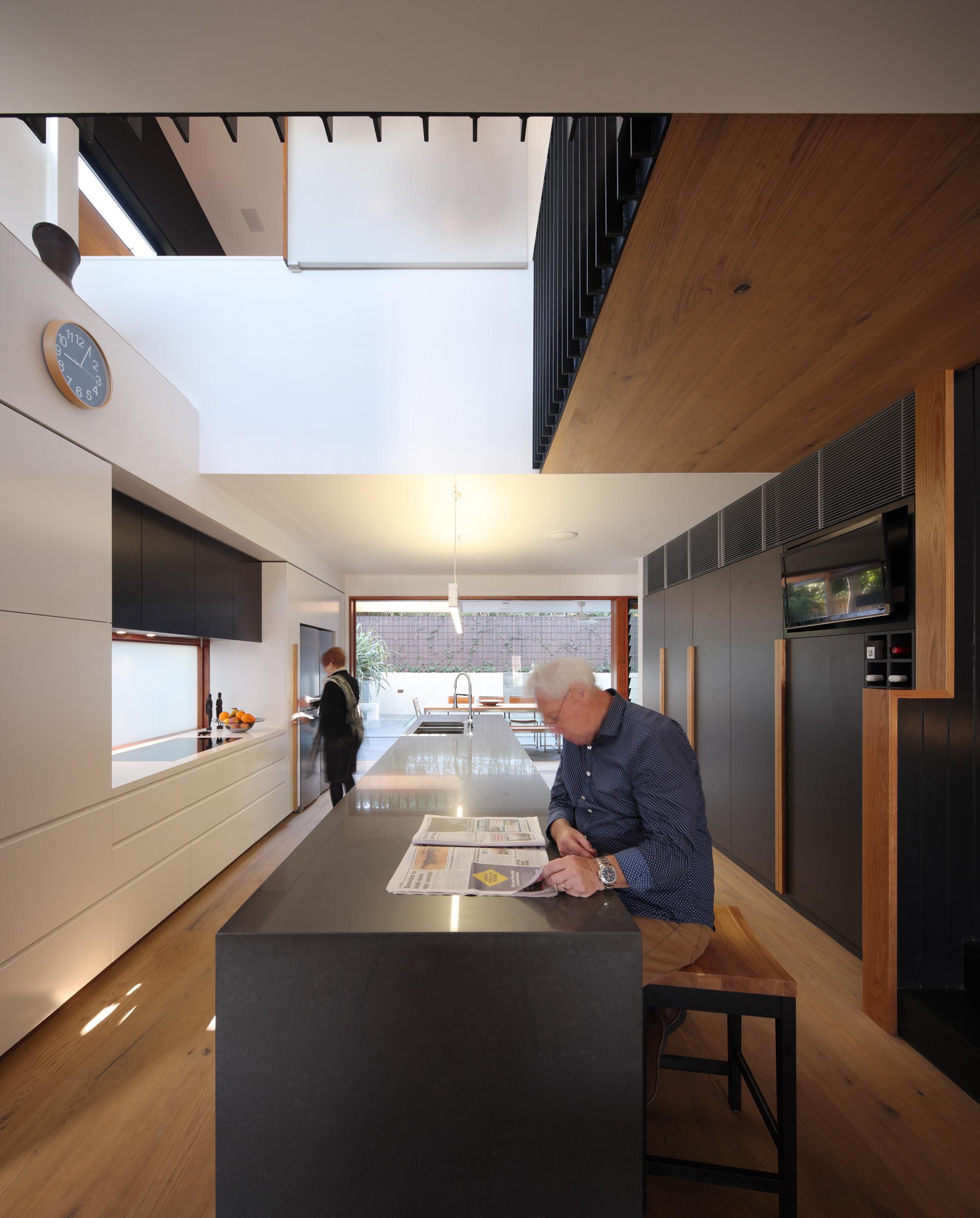 Beeston Street House by Shaun Lockyer Architects (via Lunchbox Architect)