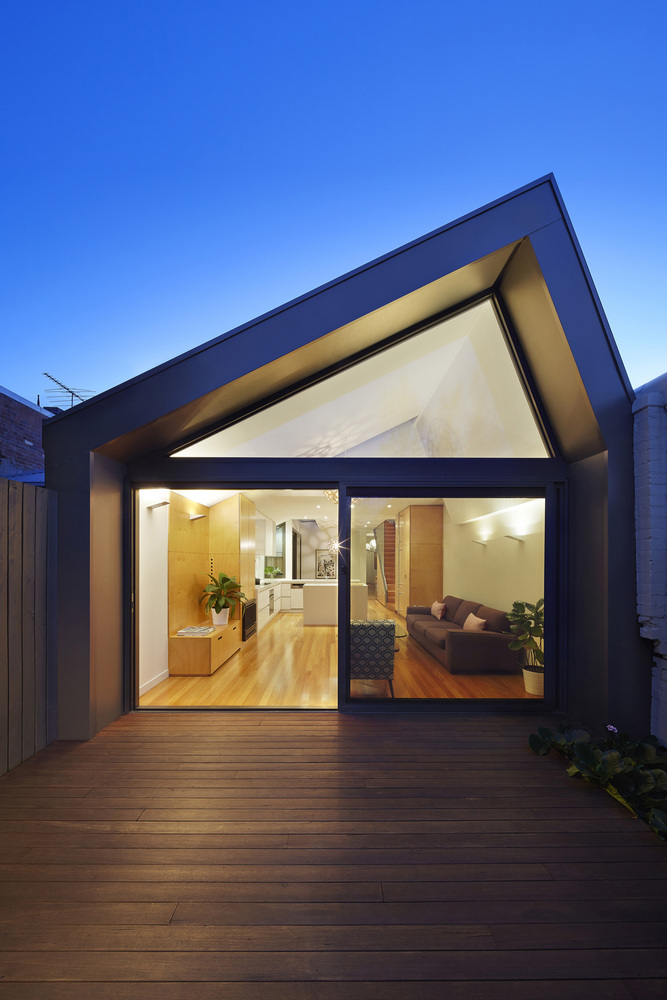 Big Little House by Nic Owen Architects (via Lunchbox Architect)