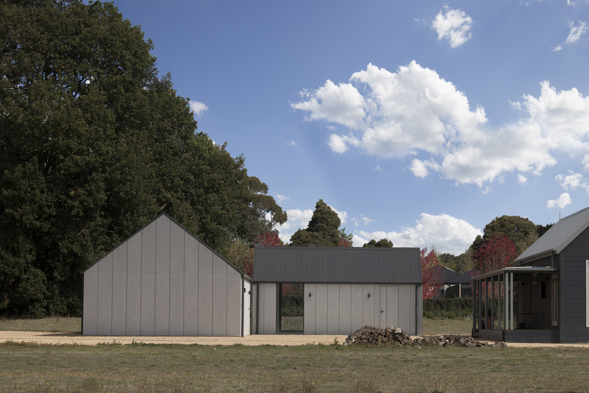 Modern Barn Outside, Minimal Studio and Gallery Space Inside