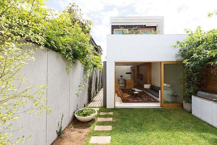 Bondi House by Fearns Studio (via Lunchbox Architect)