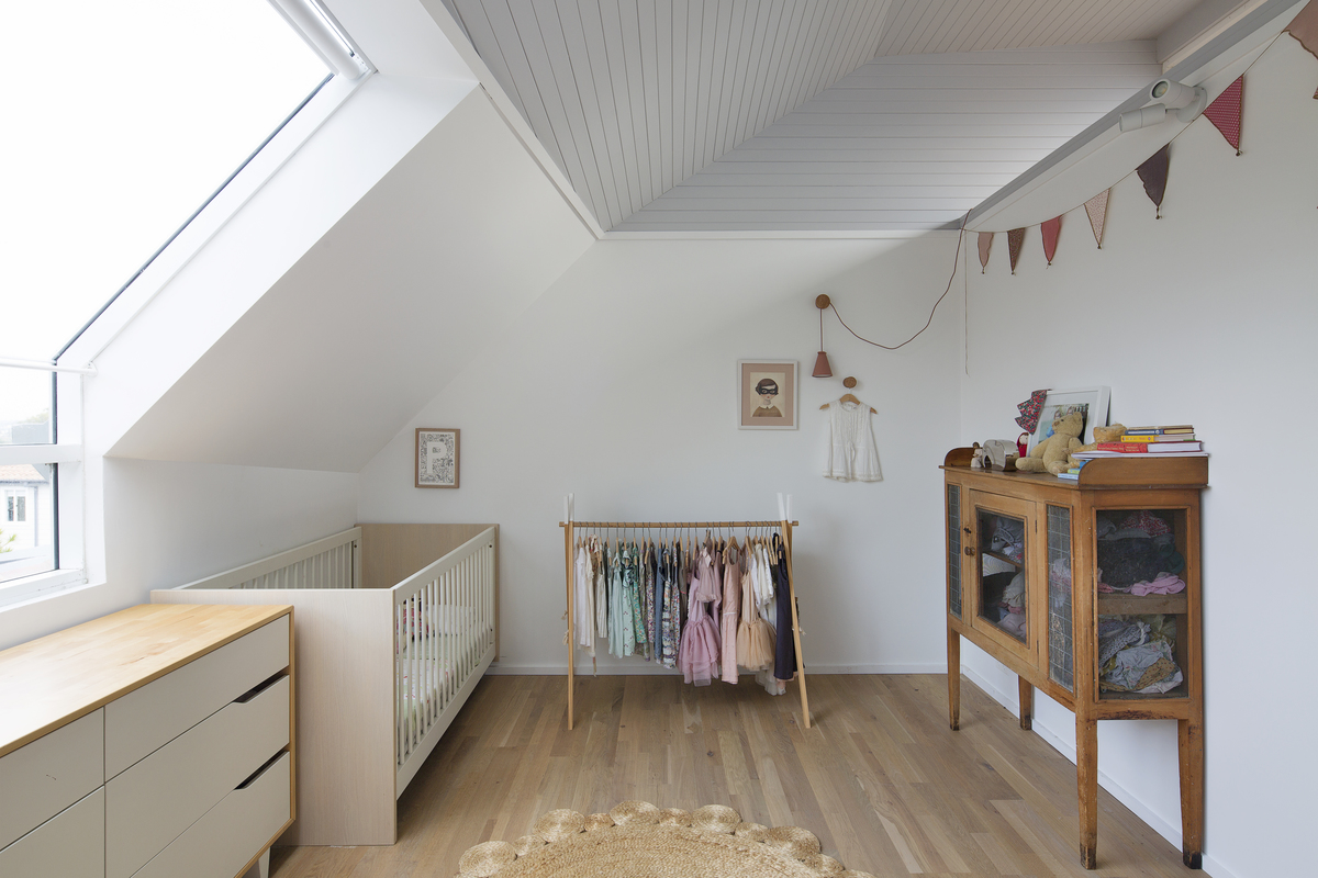 How Can You Fit a Family of Six in 140 Square Metres?