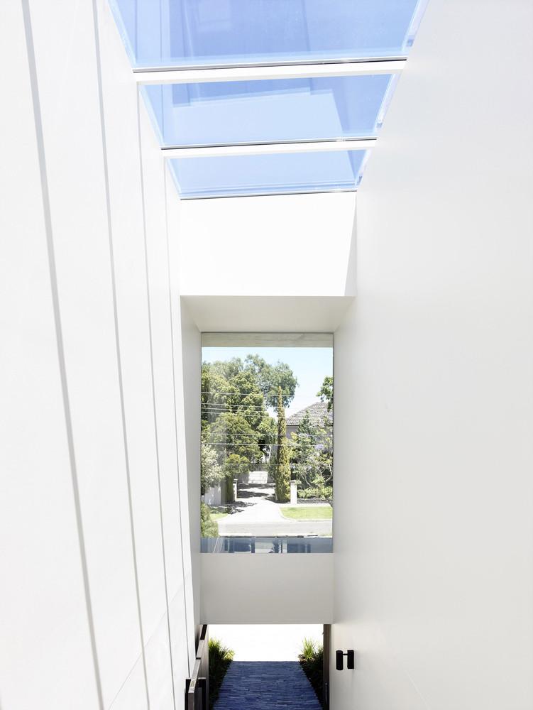 Concrete House by Matt Gibson Architecture (via Lunchbox Architect)