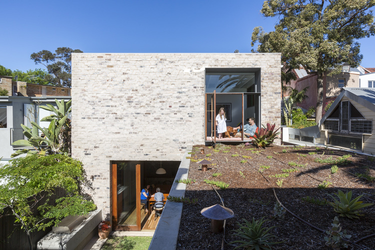 Courtyard House by Aileen Sage Architects (via Lunchbox Architect)