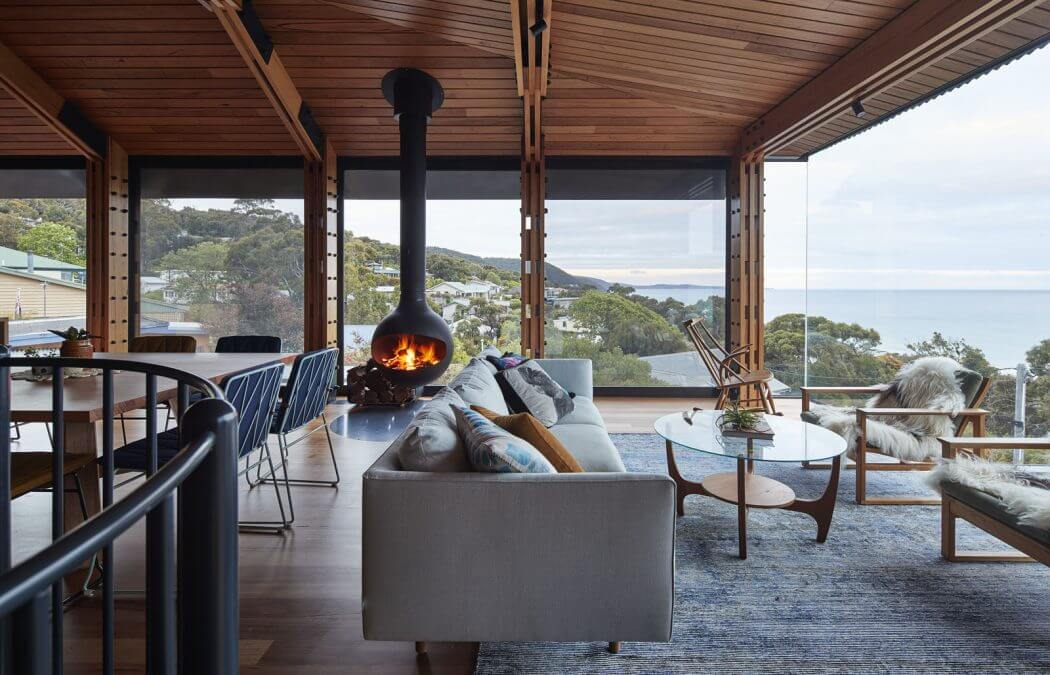A Beautiful Old Beach Shack Retains Its Classic Charms