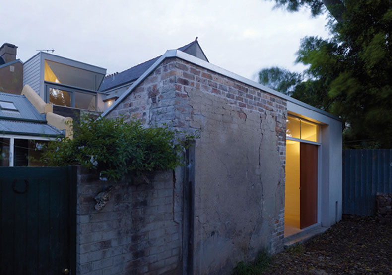 Fitzroy Terrace in Sydney's studio expands on the original outhouse