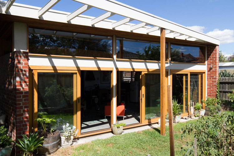 Florence Street House is well oriented with a North facing garden