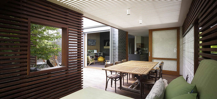 Haberfield House has a batten timber alfresco dining area
