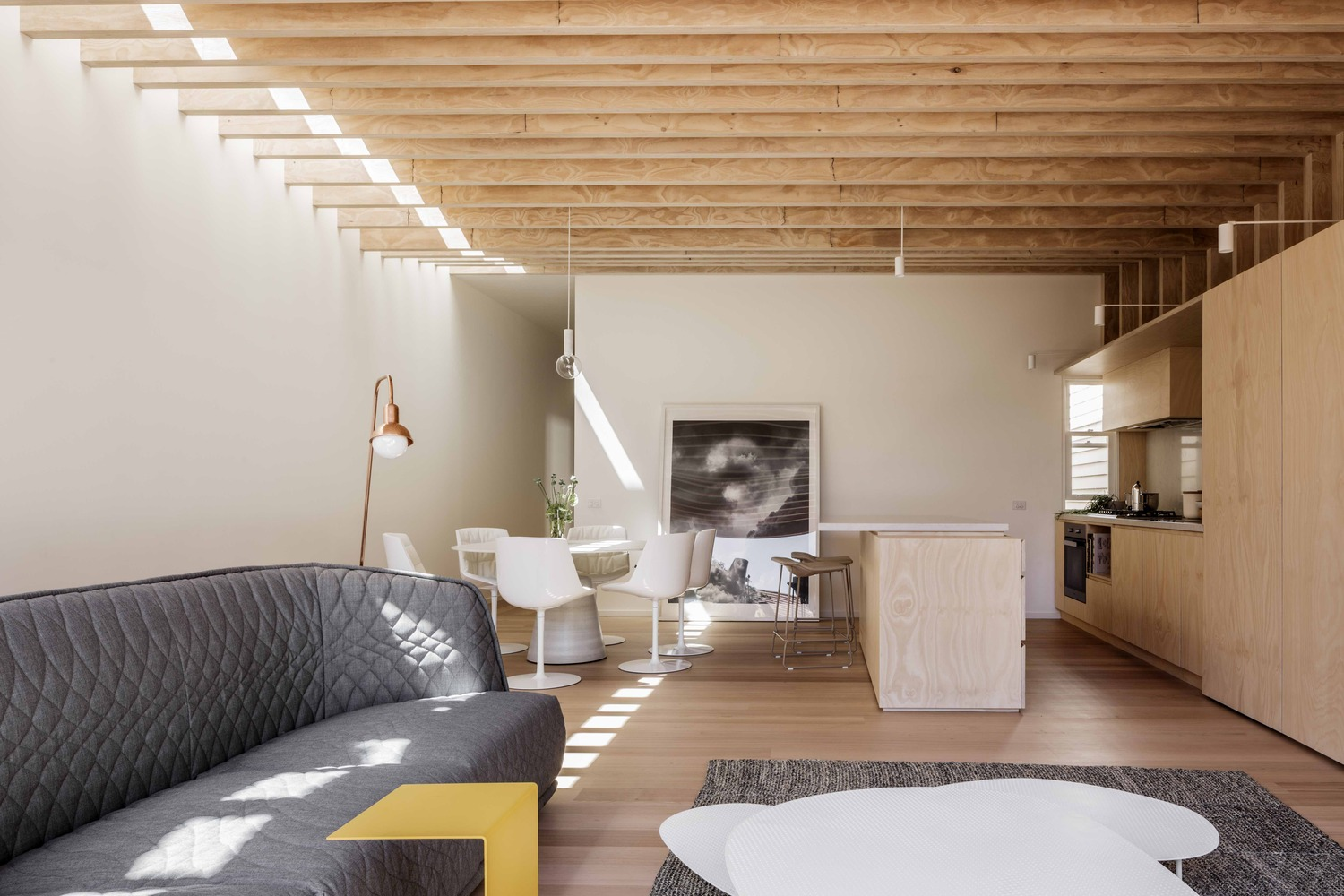 This Renovation Turns the Traditional Terrace Layout on its Head
