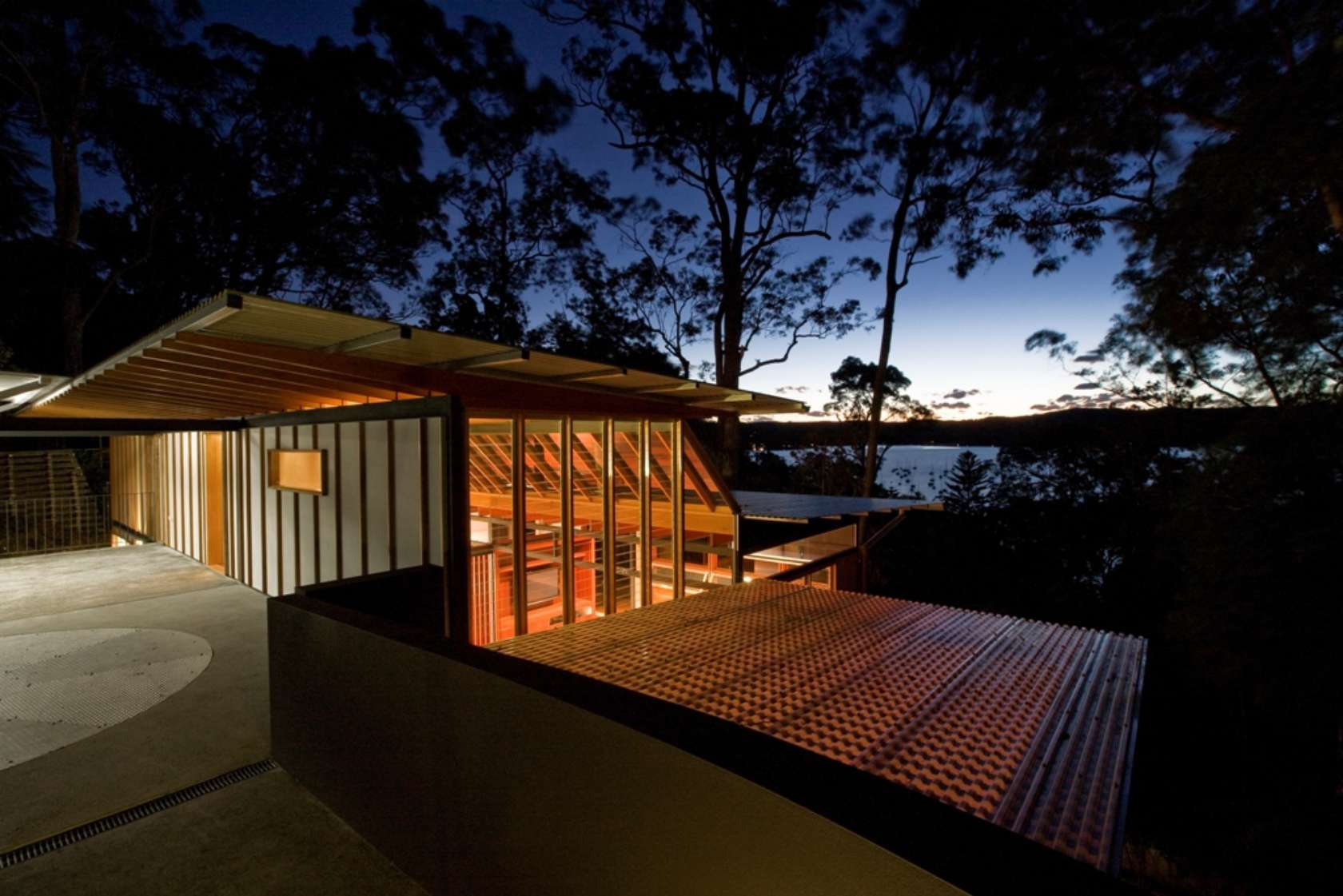 Hilltop House by Richard Cole Architecture (via Lunchbox Architect)