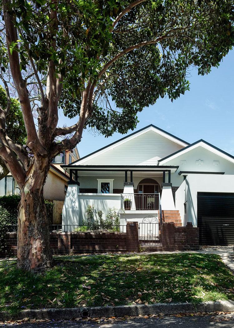 House Boone Murray Californian Bungalow facade