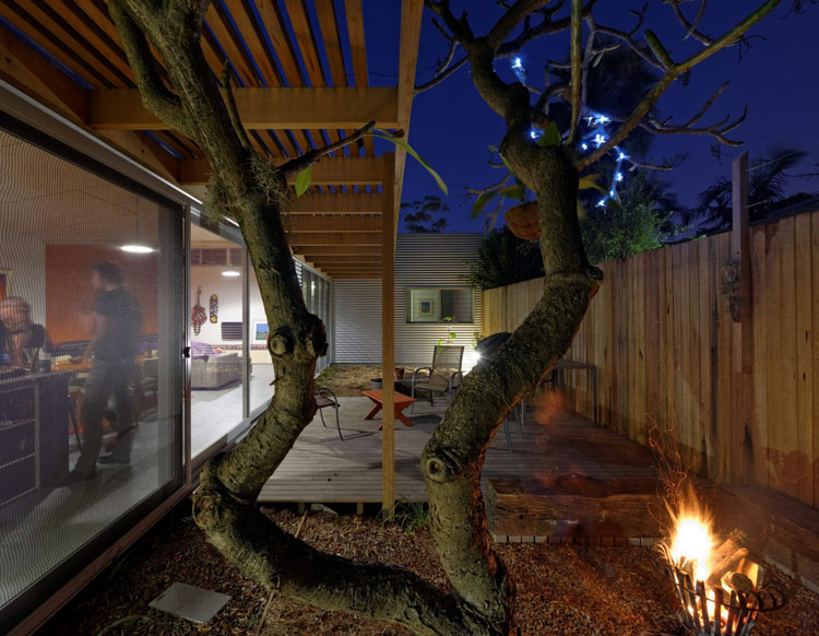 Islington House garden, entertaining space and fire
