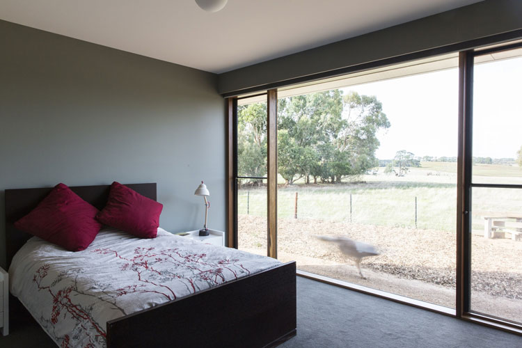 Leura Lane House bedrooms have large north-facing windows
