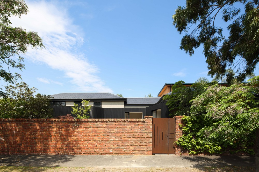 Merton House by Thomas Winwood Architecture and Konista + Co (via Lunchbox Architect)