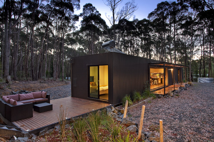 Musk Prefab Cabin by Modscape (via Lunchbox Architect)