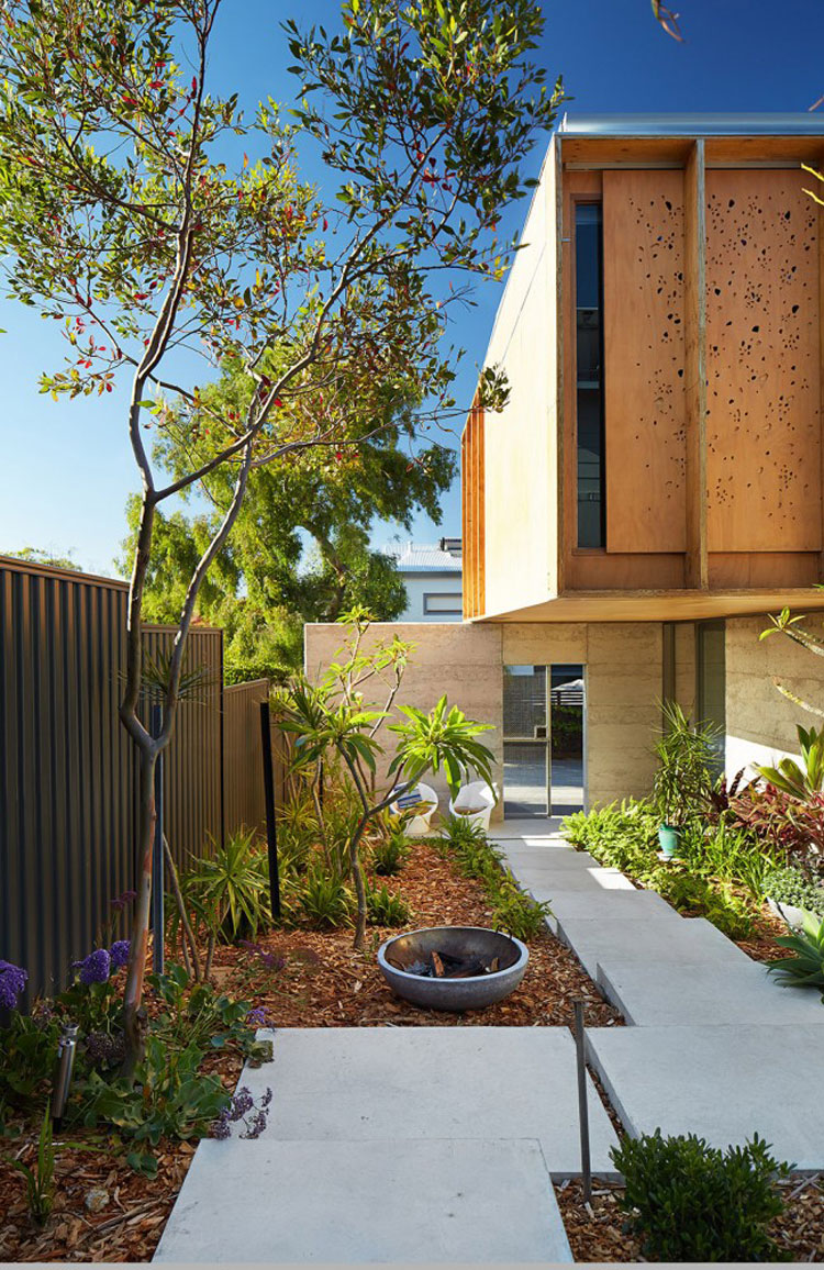 North Perth House by Jonathan Lake Architects (via Lunchbox Architect)