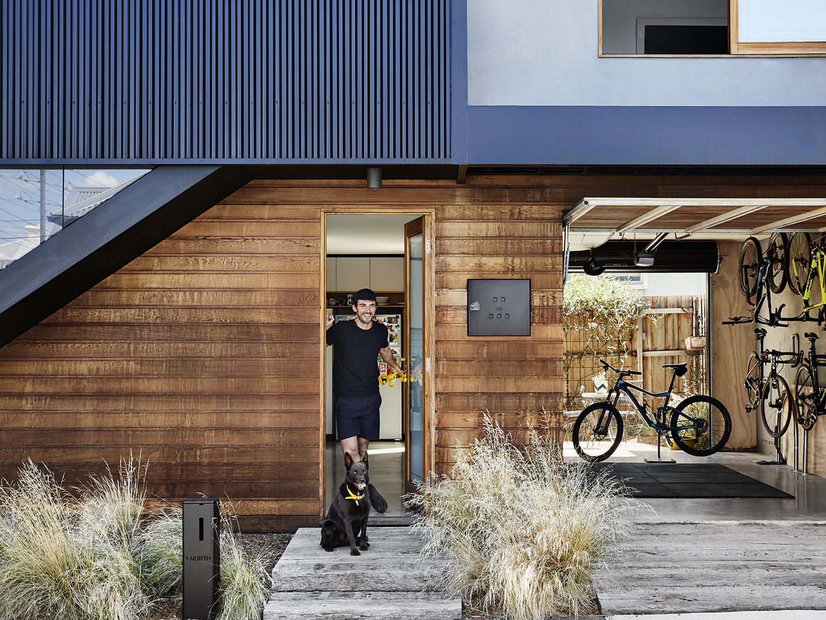 Creative Entrepreneur Builds Home to Balance Design and Affordability
