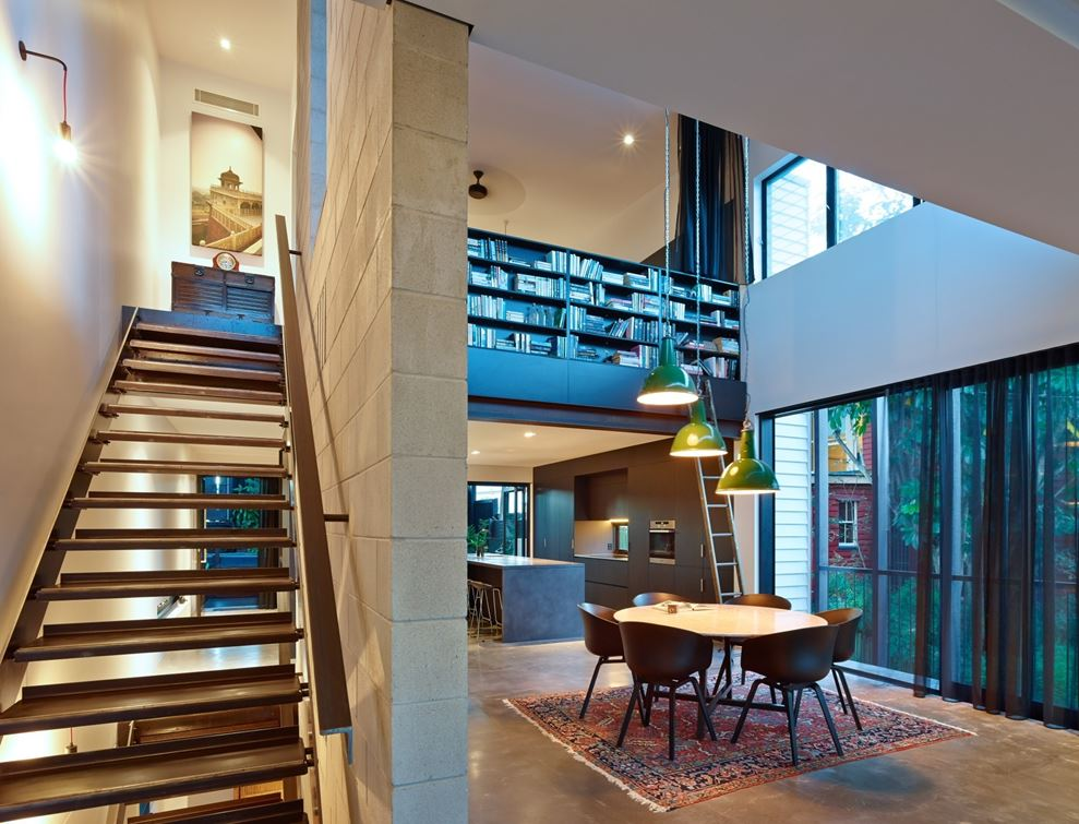 """Rigorously Contemporary"" Home in an Historical Neighbourhood"