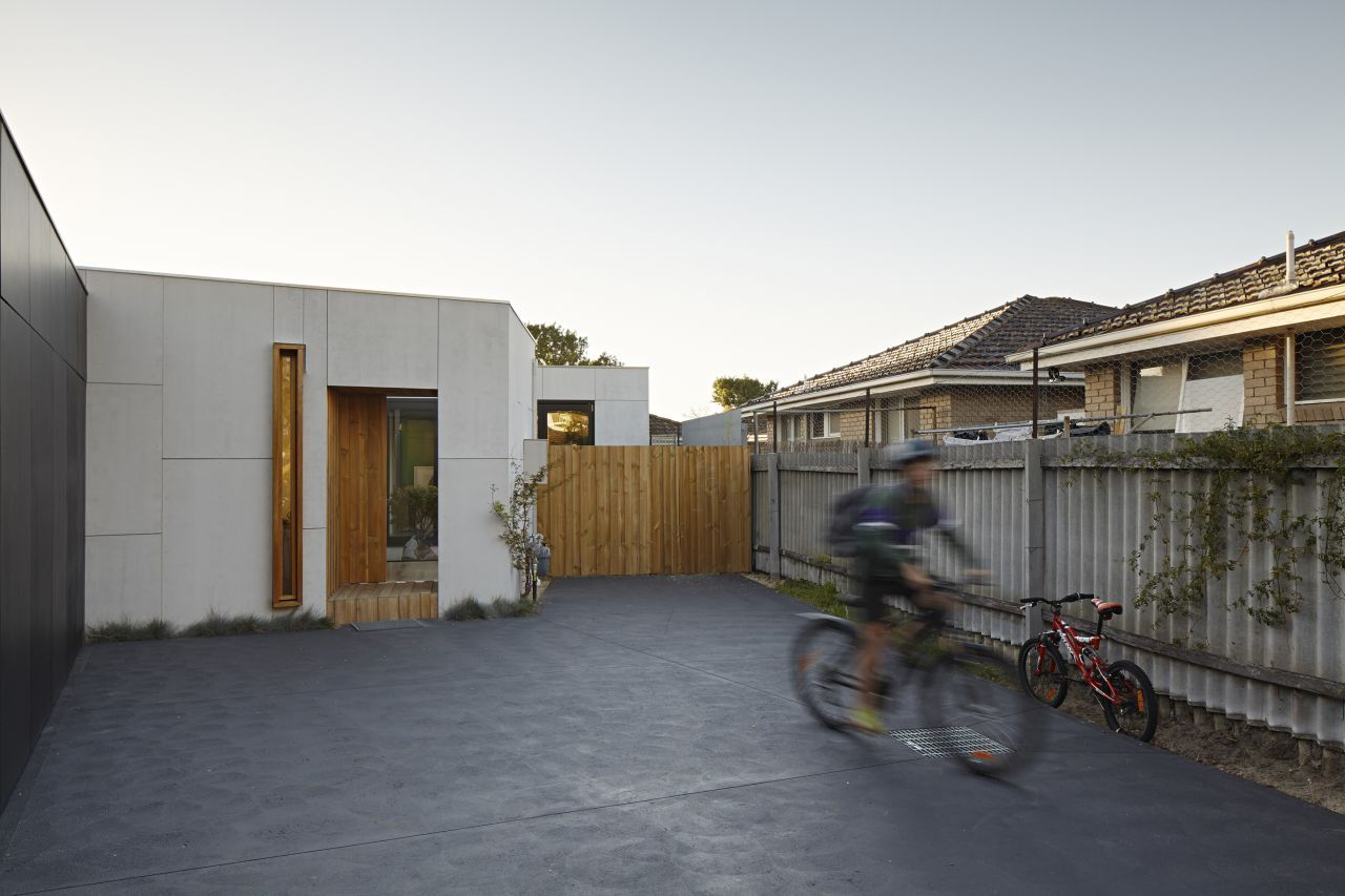 Paling Fence House