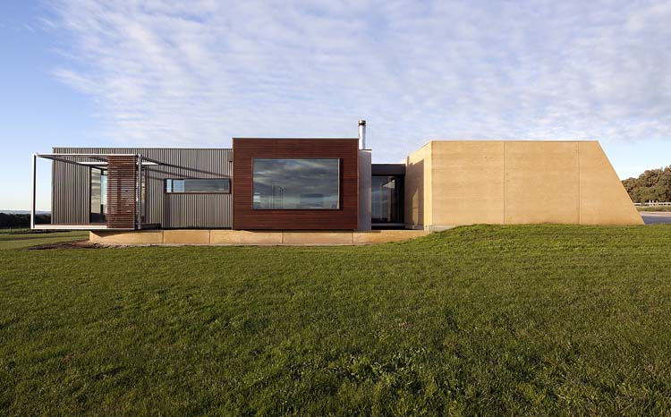 Inverloch House by Prebuilt (via Lunchbox Architect)
