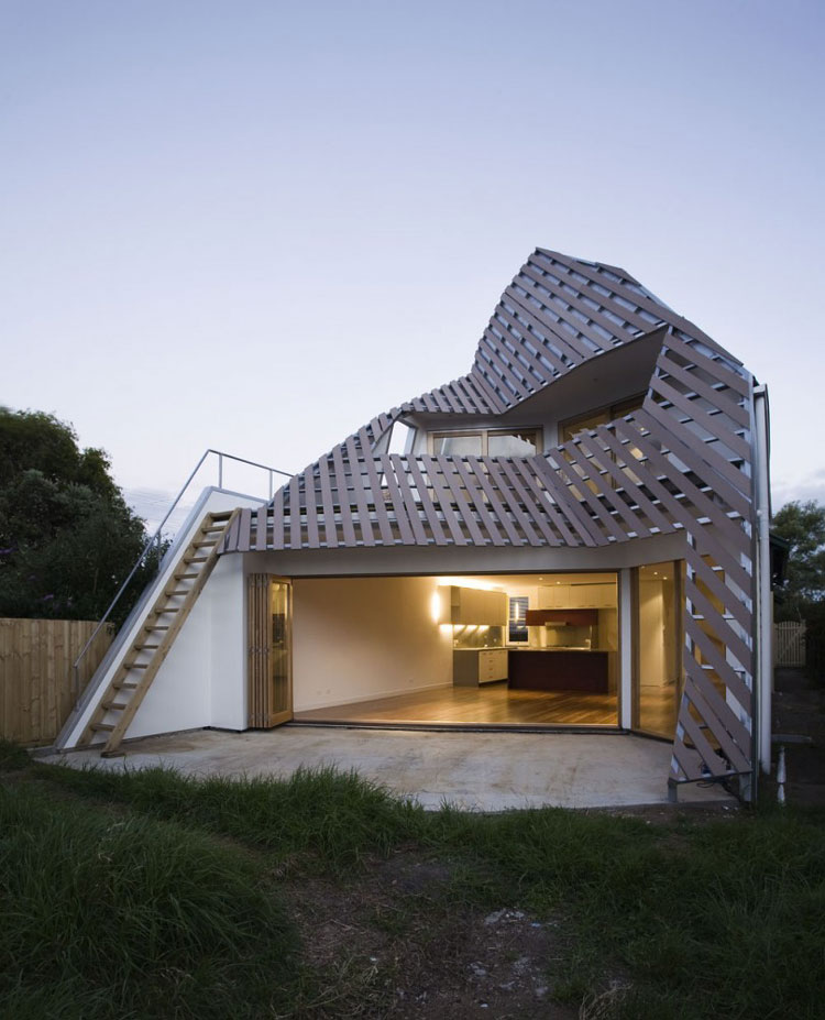 Reverse Shadow Casting House by Harrison and White Architects (via Lunchbox Architect)