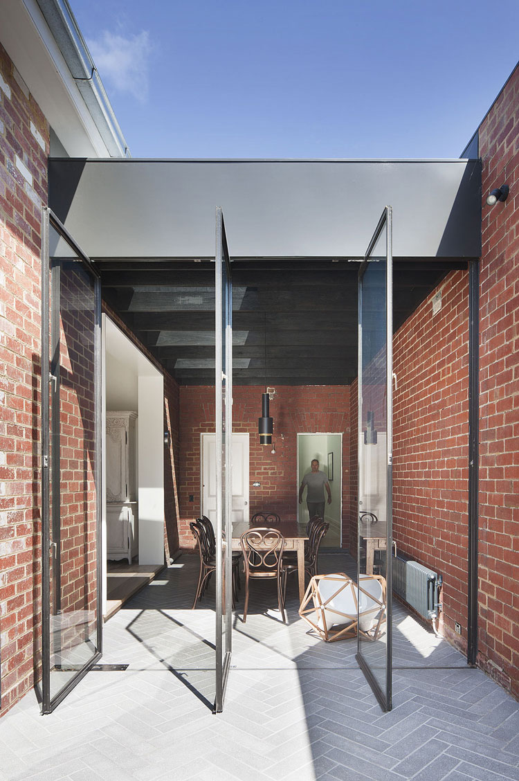 St Kilda East House by Clare Cousins Architect (via Lunchbox Architect)