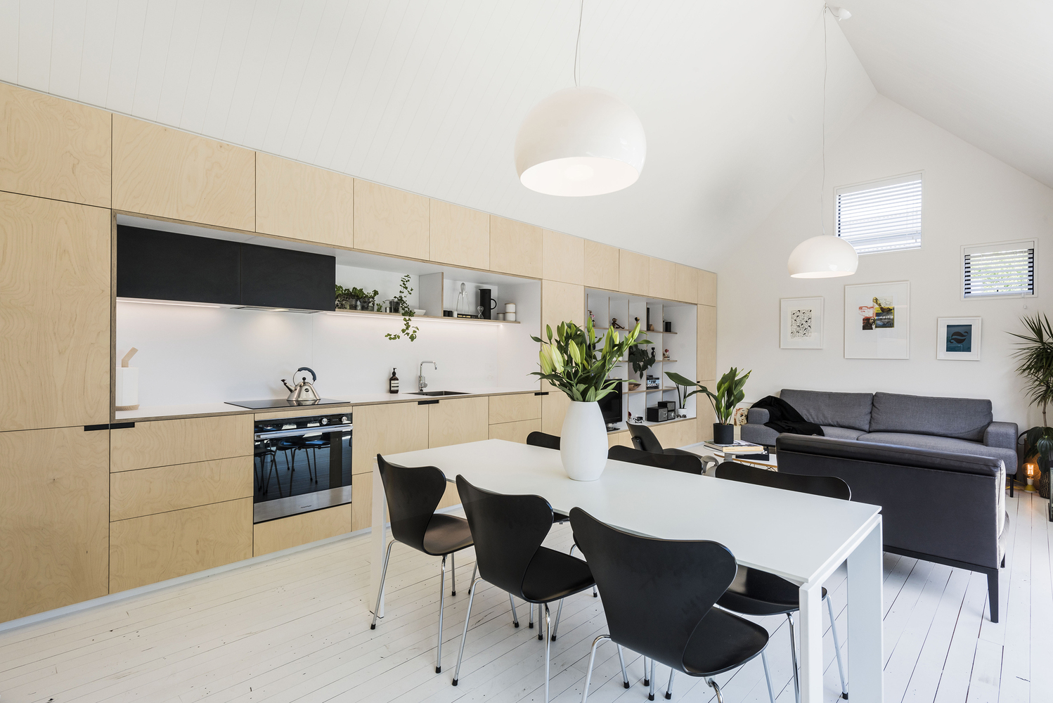 This Charming Home Is Inspired by Early Colonial Workers Cottages