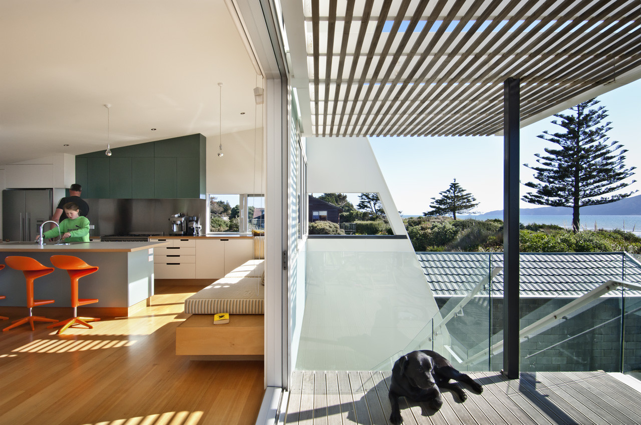 Waikanae House by Parsonson Architects (via Lunchbox Architect)