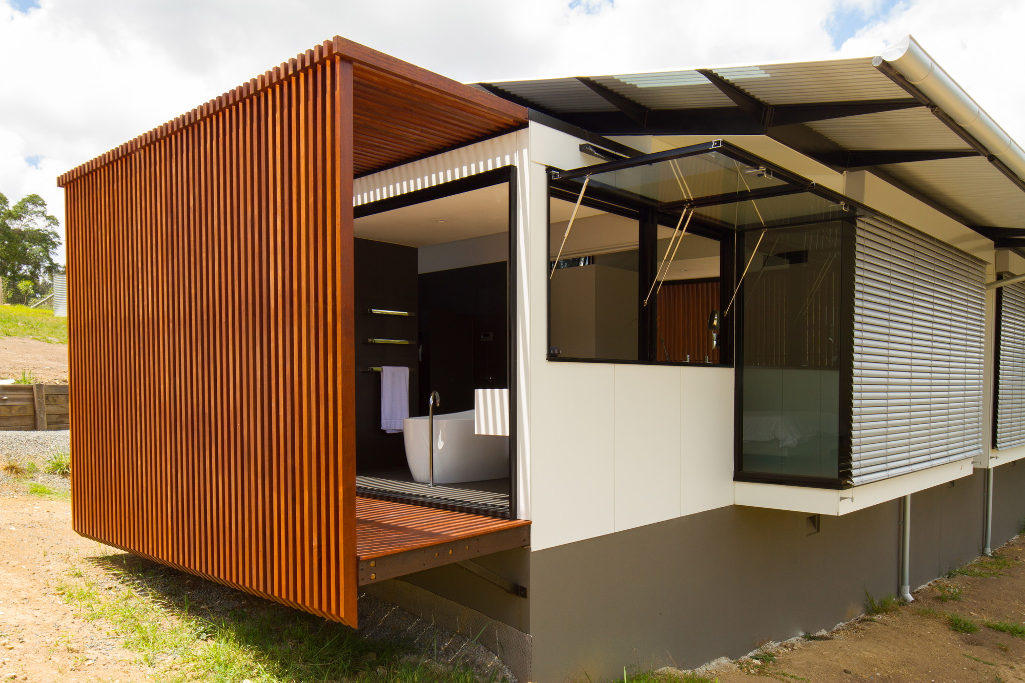 Wallaby Lane House by Robinson Architects (via Lunchbox Architect)
