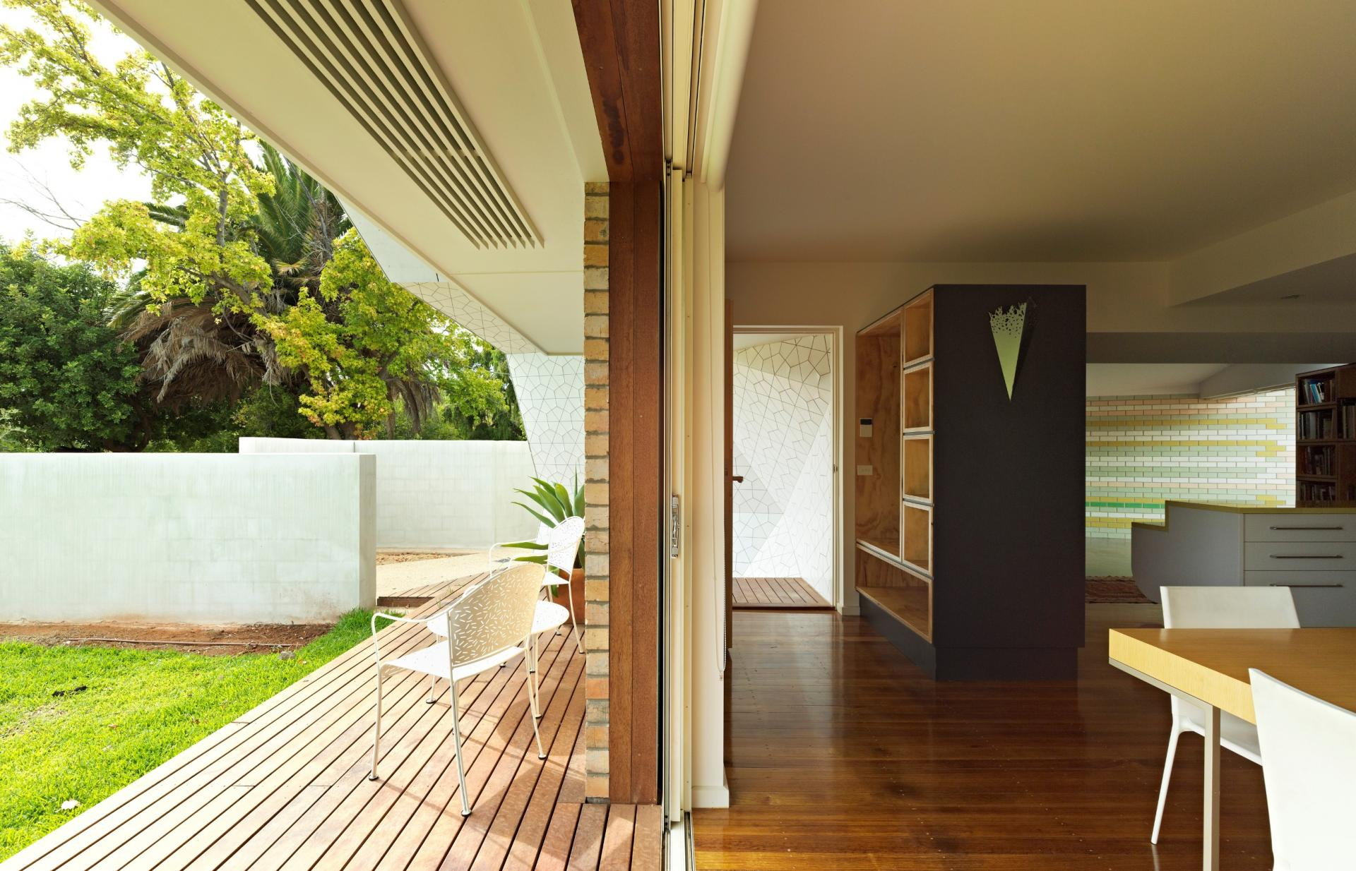 Wattle Avenue House by Minife van Schaik Architects (via Lunchbox Architect)