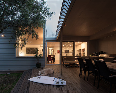374 Hamilton by Bourne Blue Architecture (via Lunchbox Architect)