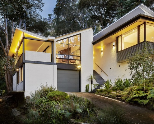 60s Revamp by Utz-Sanby Architects (via Lunchbox Architect)