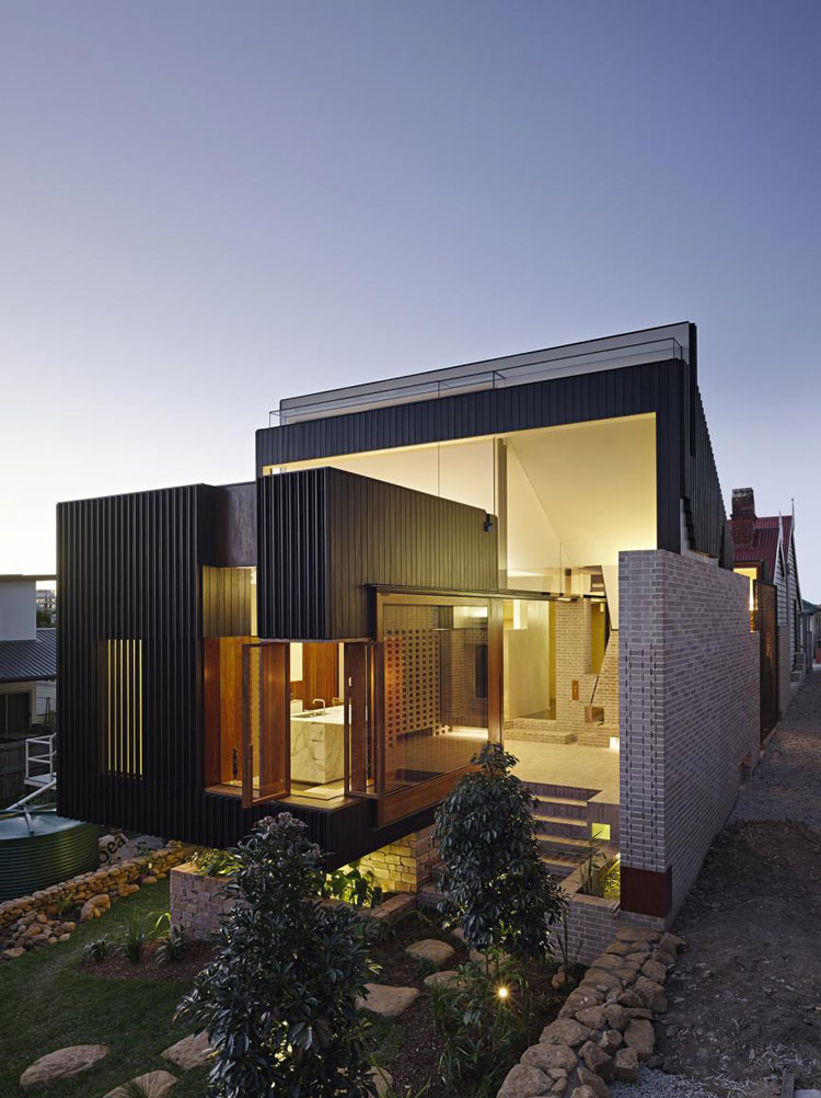 Aperture House: Humble Brick Creates a Surprisingly ...