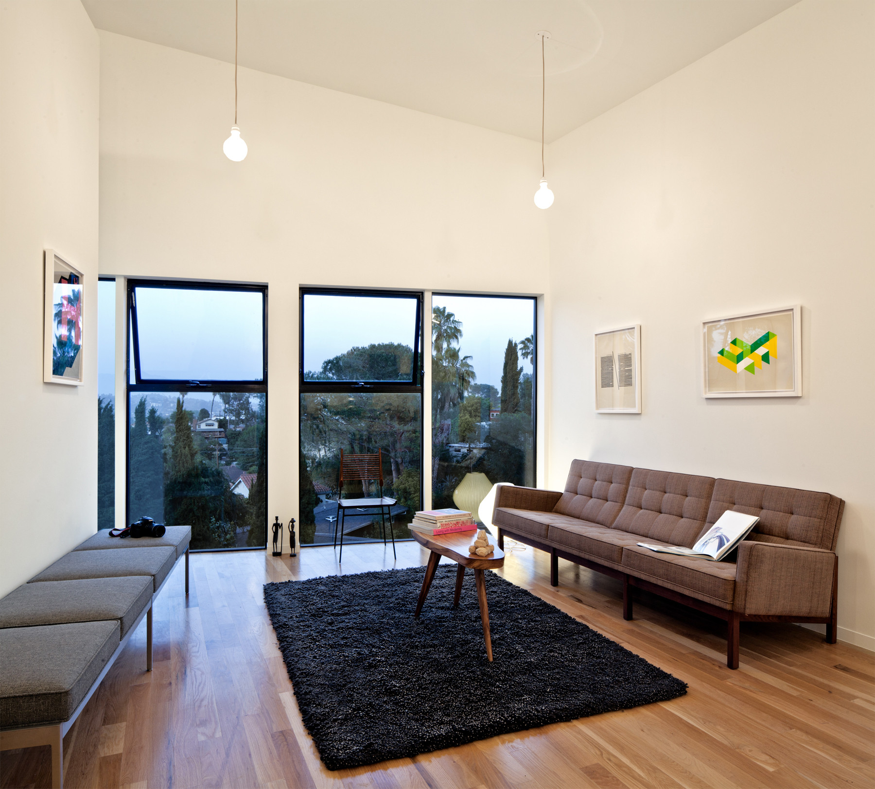 Home Interior Design Ideas For Small Areas: A Single-Space Living Area Helps This Compact Home To Feel