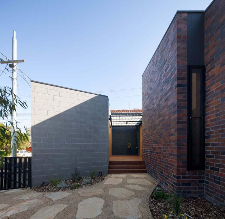 Bridge House By Junsekino Architect And Design: 301 Moved Permanently