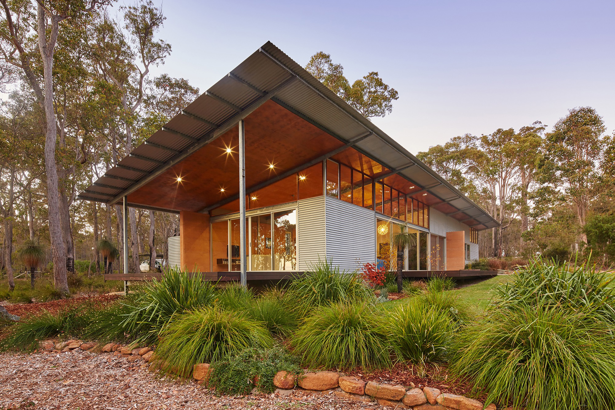 Beautiful Bush House By Archterra Architects (via Lunchbox Architect)