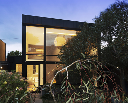 Canterbury Studio by McGann Architects (via Lunchbox Architect)