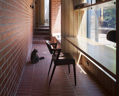 Carlton Cloister by MRTN Architects (via Lunchbox Architect)