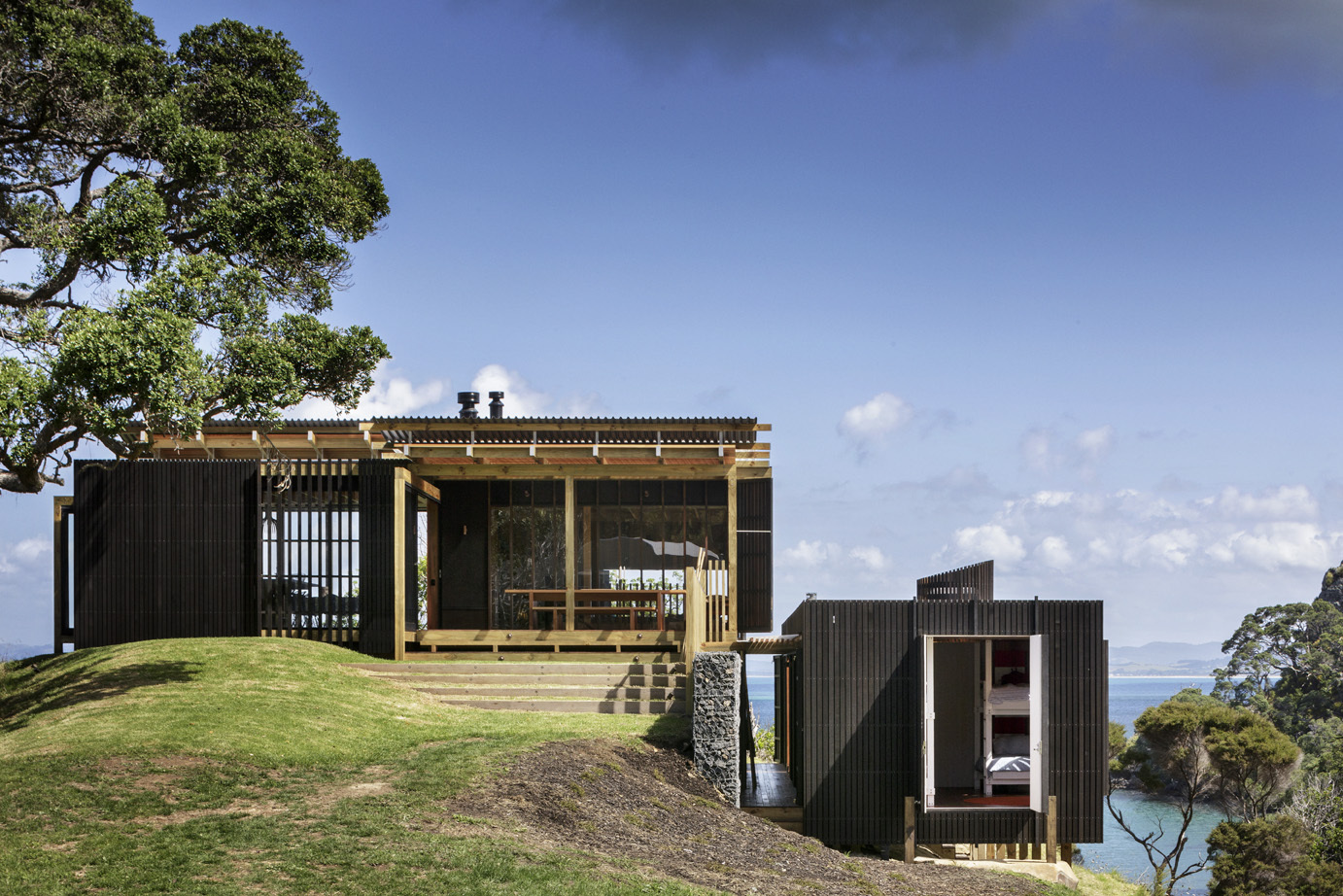 Castle Rock Beach House: In Search of the Perfect NZ Beach House