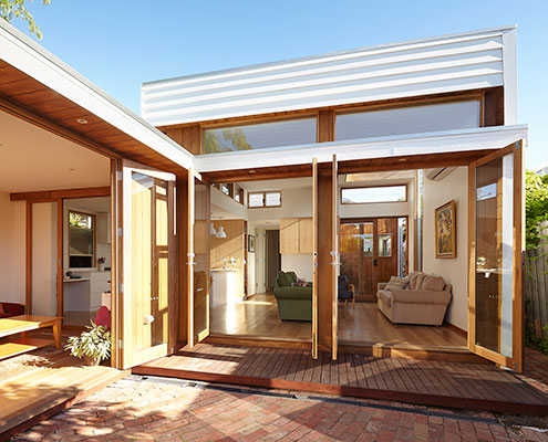 Casual House by Christopher Megowan Design (via Lunchbox Architect)