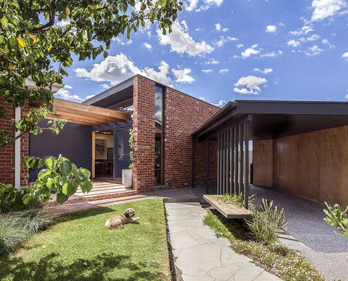 Coburg North House by Baker Drofenik Architects (via Lunchbox Architect)