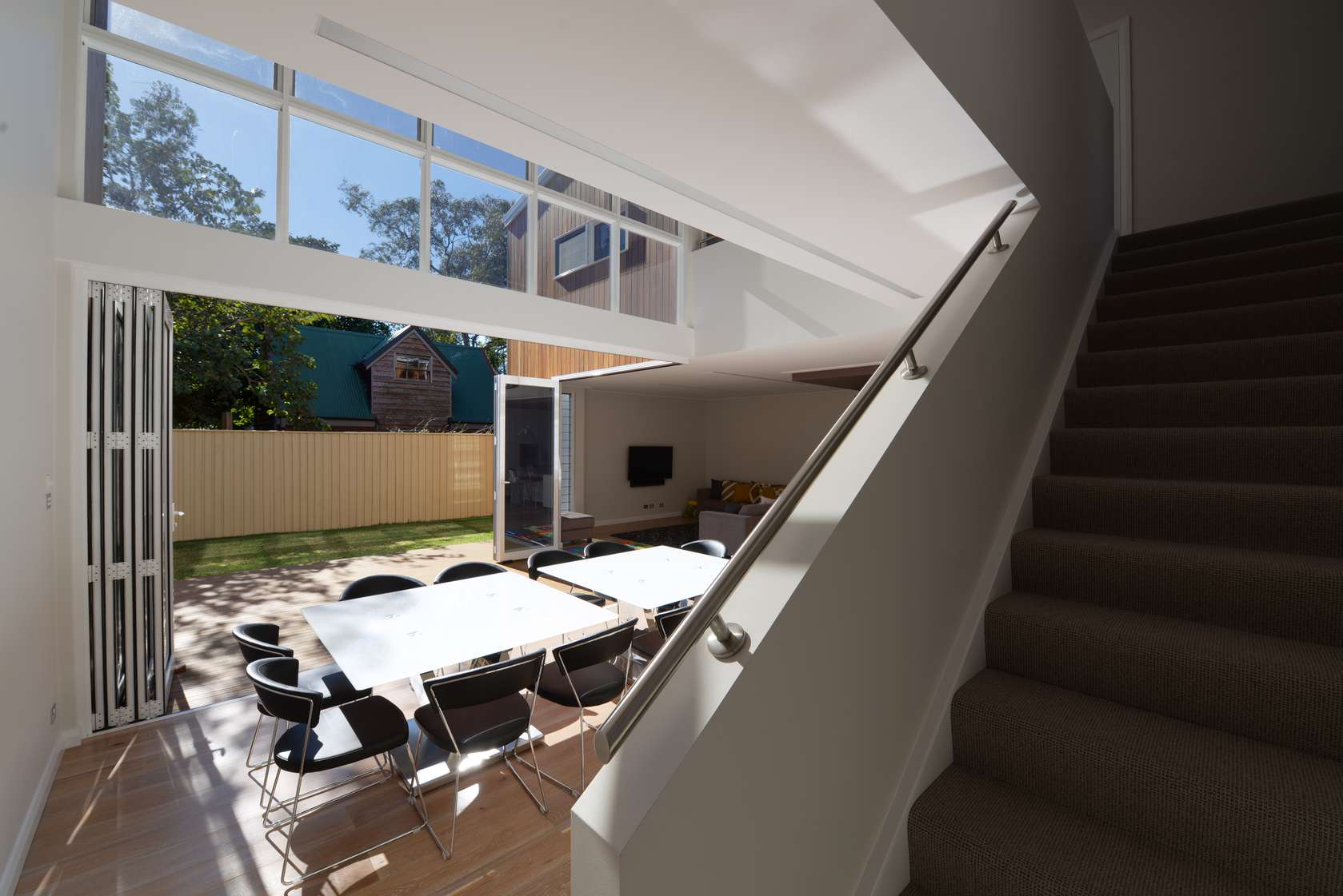 Cooks hill residence defies the odds despite council for Sense of space architecture