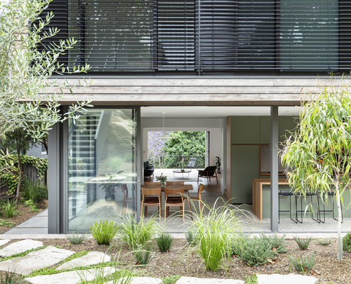 Cooks River House by studioplusthree (via Lunchbox Architect)