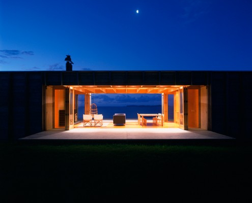 Coromandel Bach by Crosson Clarke Carnachan Architects (via Lunchbox Architect)