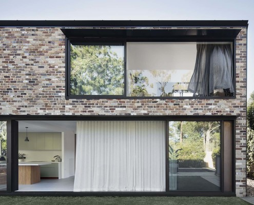 Courtyard House by Youssofzay + Hart (via Lunchbox Architect)