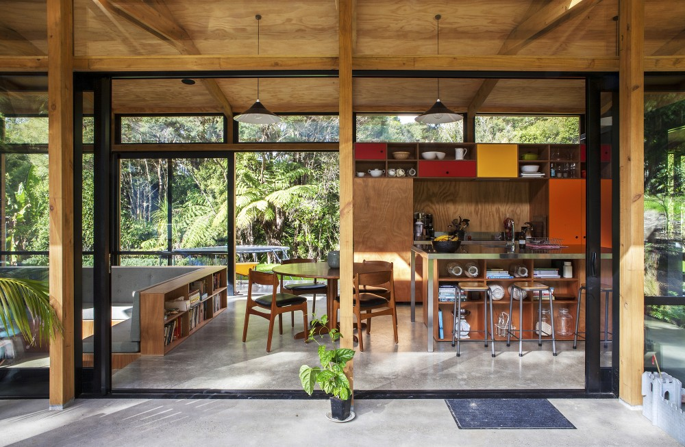 Easterbrook House Takes Design Cues From The Forms Of