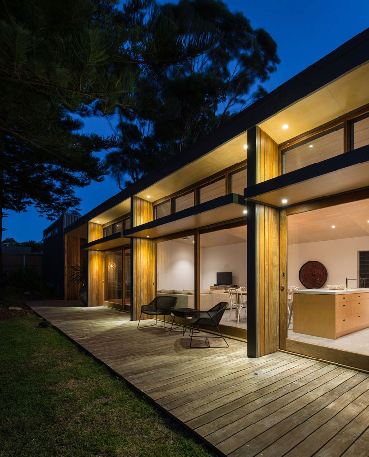Westlight House: Redhead Alterations: 1970s Home Transformed For Energy